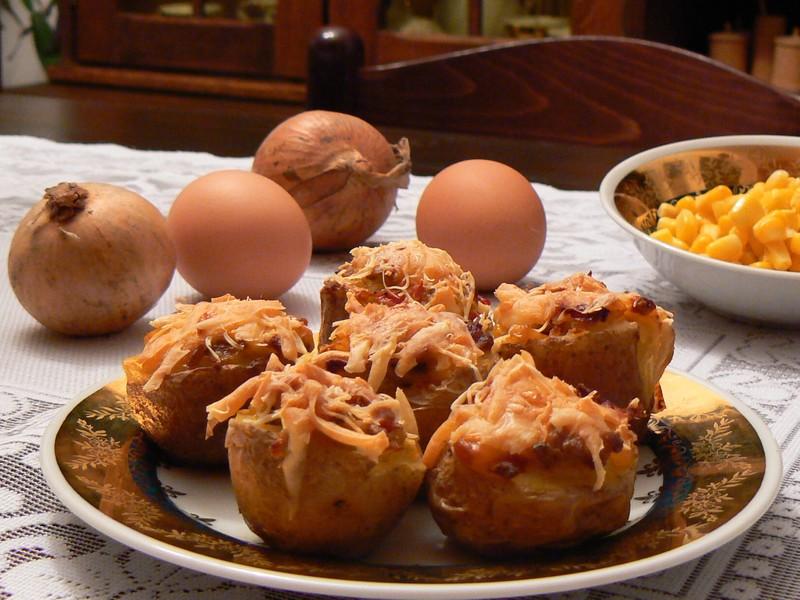 Zapečené brambory s kukuřicí a la Peru