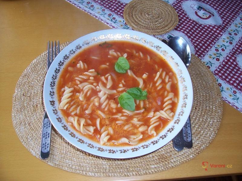 Polévka Zuppa di pomodoro