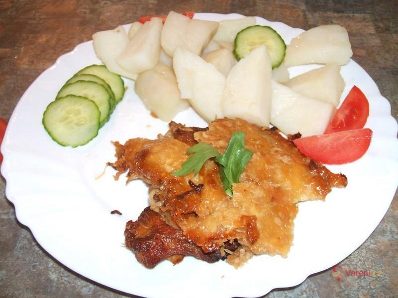 Vepřové maso s celerem a sýrem