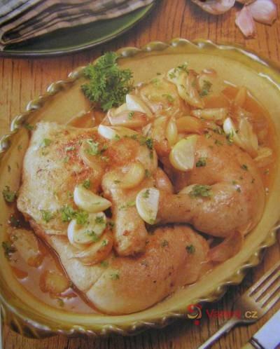 Španělské kuře s česnekem