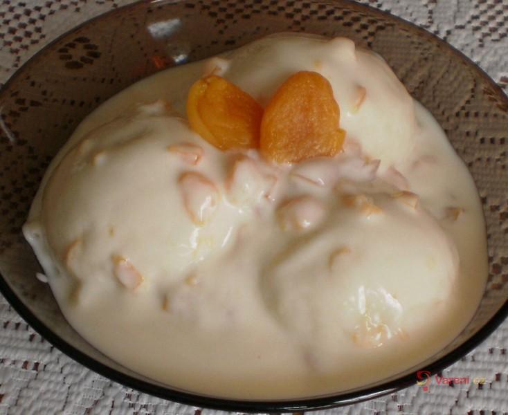 Meruňkové tvarohové knedlíky