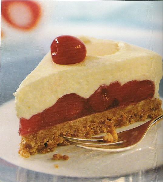 Višňový dort s vanilkovým krémem