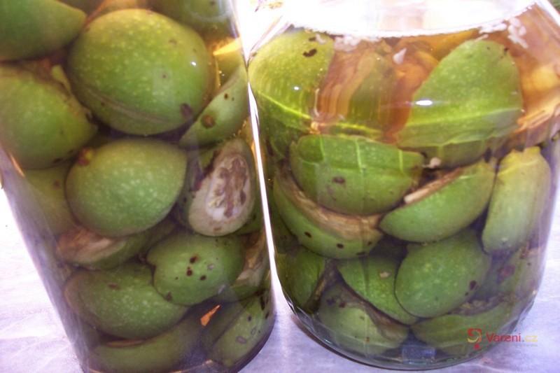 Ořechový likér