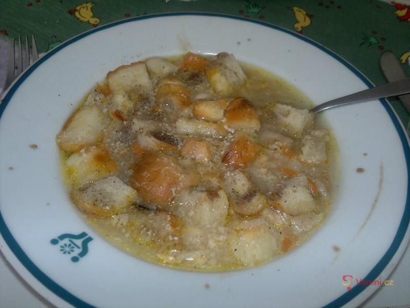 Rybí polévka s fenyklem