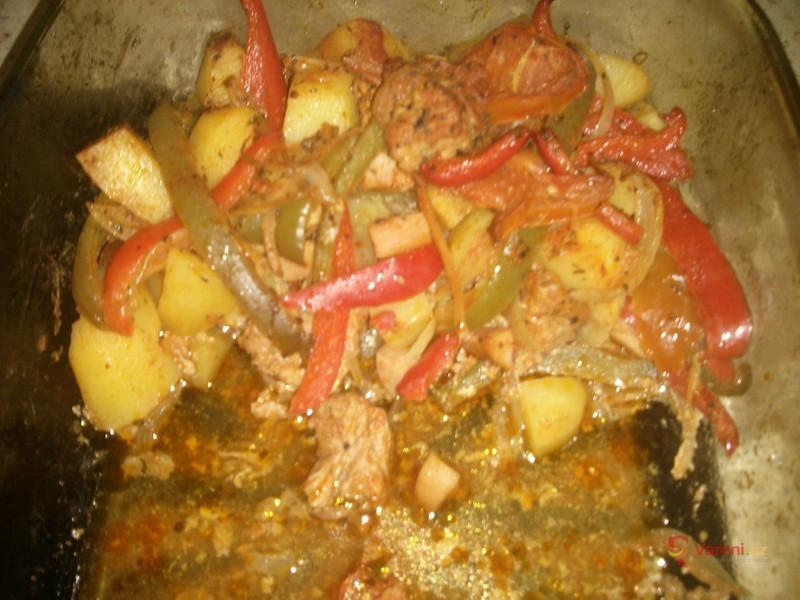 Vepřové maso se zeleninou v alobalu