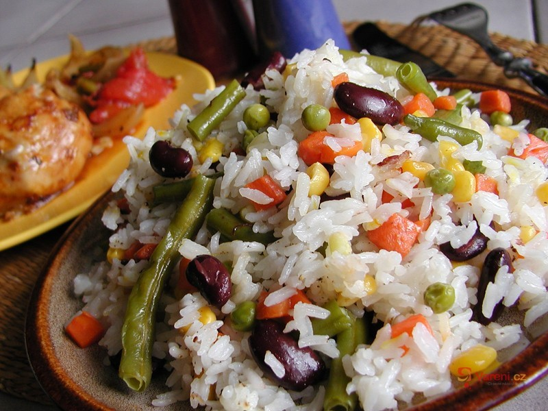 Rýže dušená se zeleninou