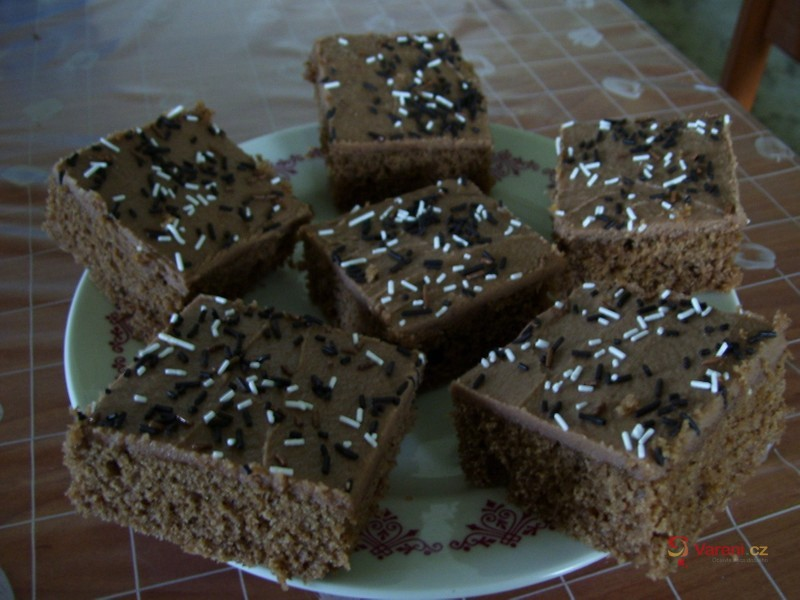Kakaovo-kávové řezy s polevou