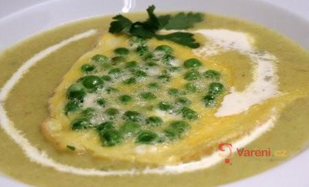 Vánoční krémová rybí polévka s hráškem