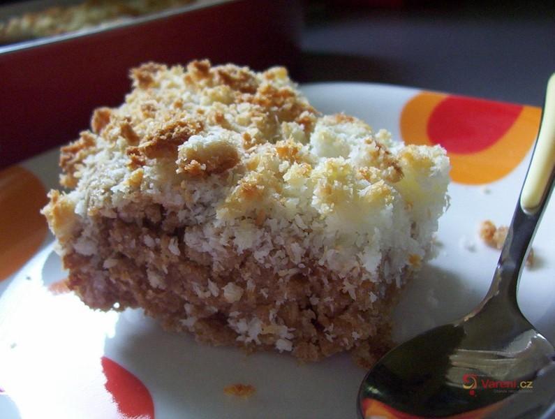 Hrnkový kokosový koláč