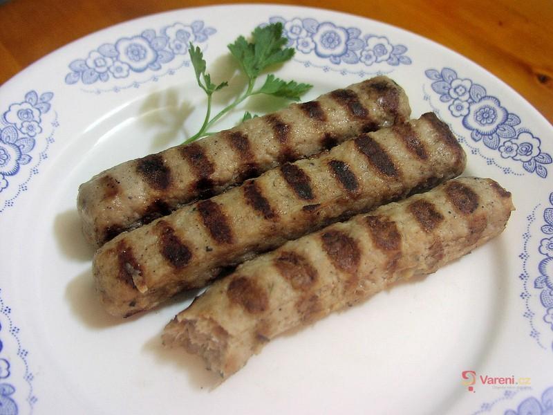Bulharská kebapčeta na gril