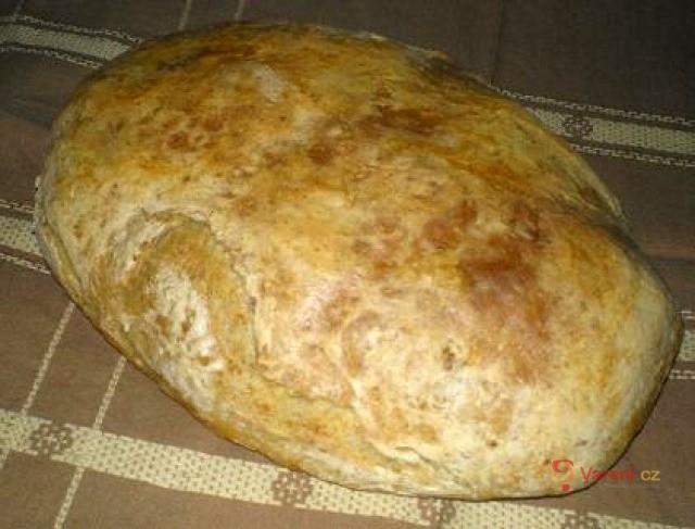 Levný domácí chléb