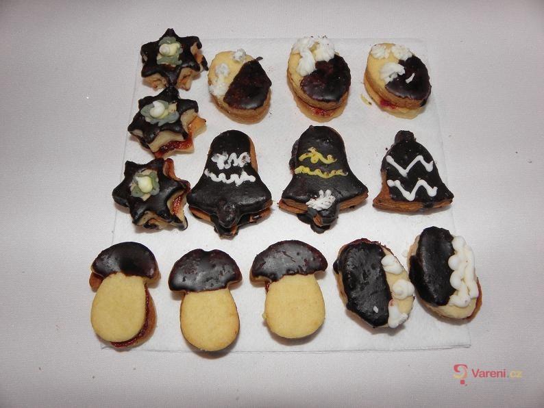 Cukrářské linecké cukroví