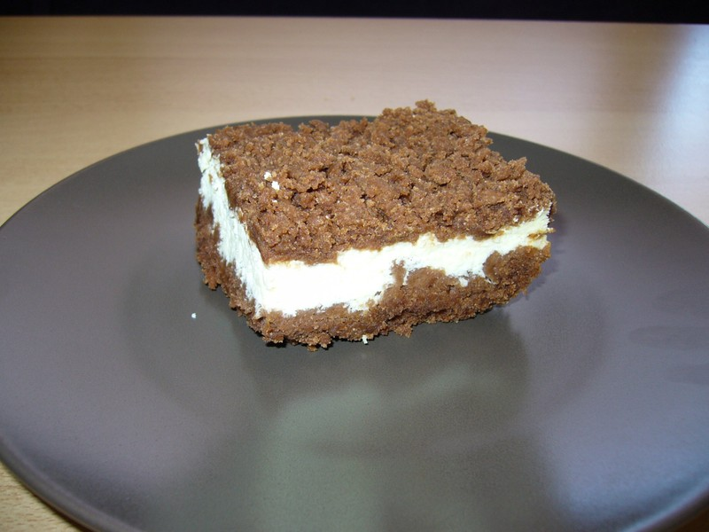 Strouhaný koláč s tvarohem