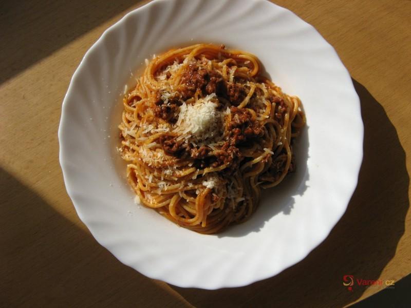 Rychlé špagety s mletým masem