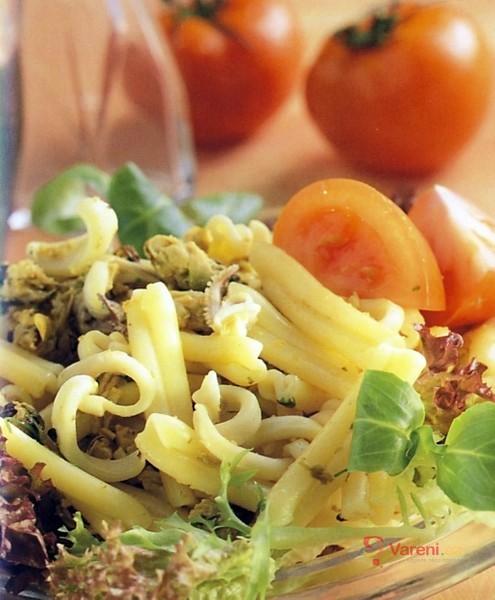 Neapolský salát s těstovinami