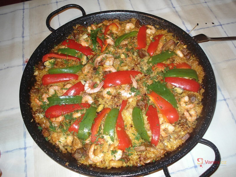 Paella s plody moře