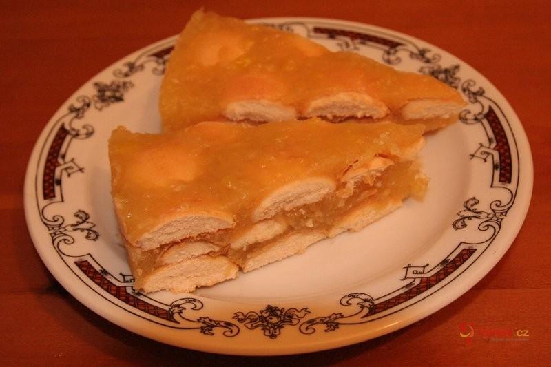 Dietní jablečný dort