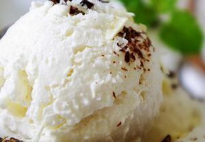 Domácí kokosová zmrzlina