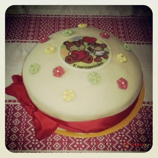 Marcipánový tvarohový dort