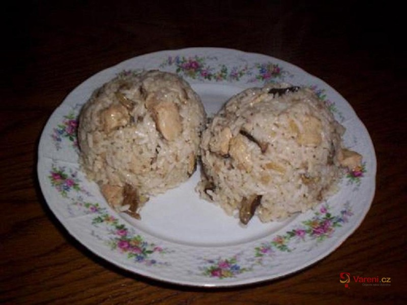 Houbové rizoto s krůtím masem