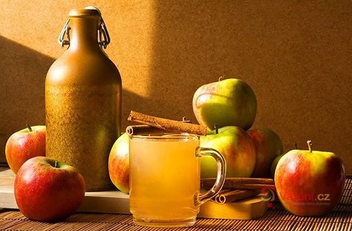 Jablkový mošt