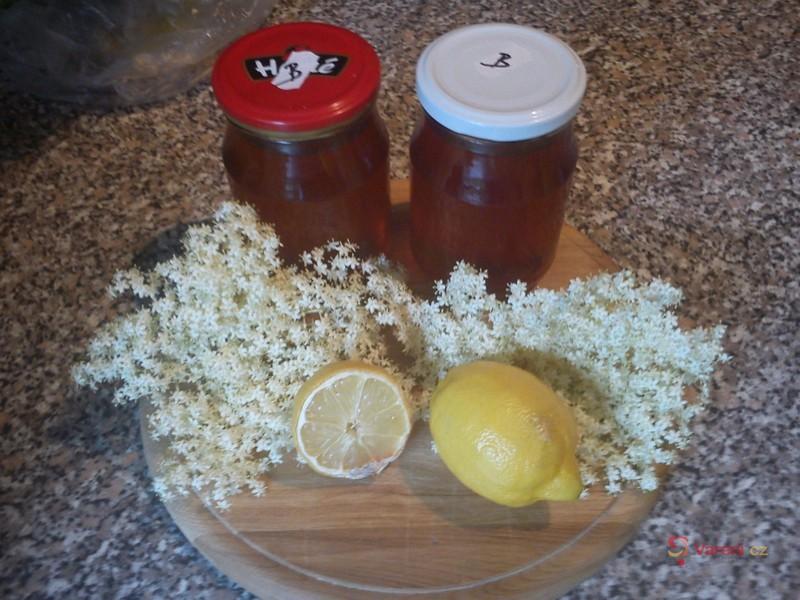 Bezový med