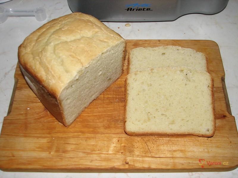 Domácí cibulový chléb