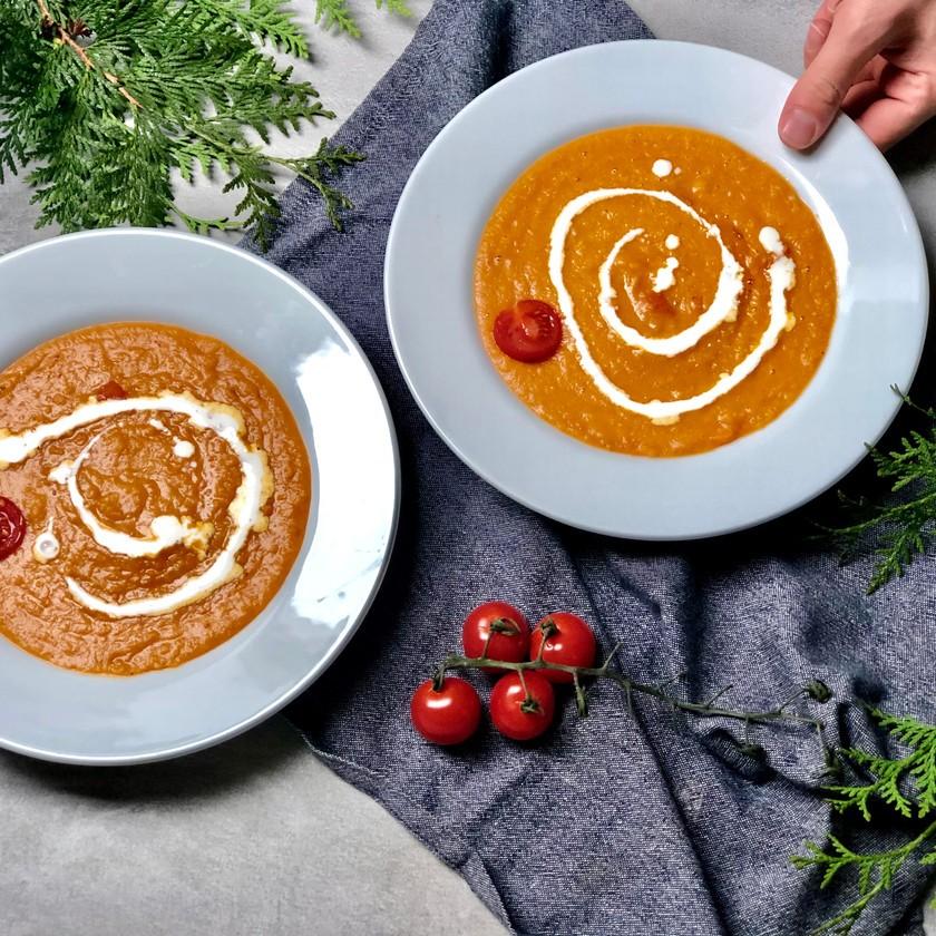 Veganská polévka z červené čočky