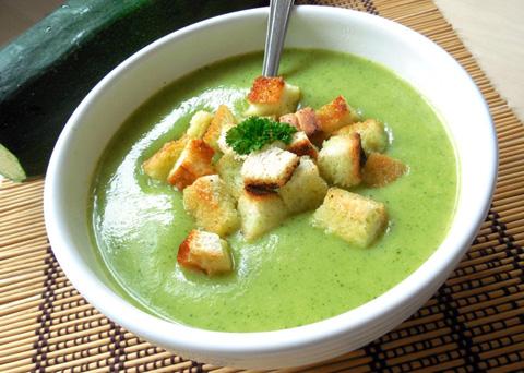 Recept na cuketovou polévku krok za krokem