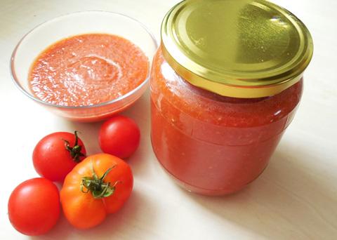 Recept na domácí rajčatové pyré krok za krokem