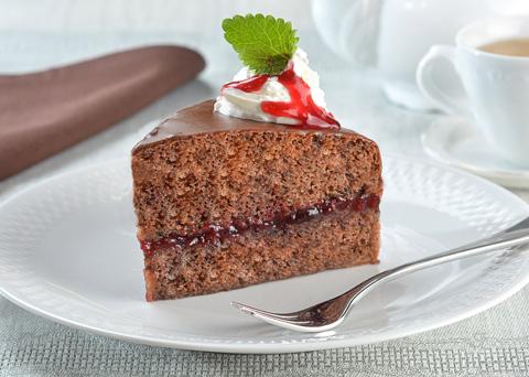 Recept na čokoládový dort s višňovým džemem a Hot Fruits