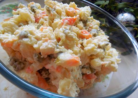 Recept na vánoční bramborový salát krok za krokem