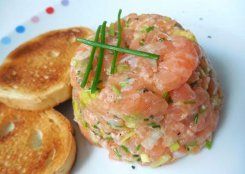Recept na tatarák z lososa krok za krokem