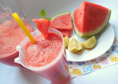 Recept na melounovou limonádu krok za krokem
