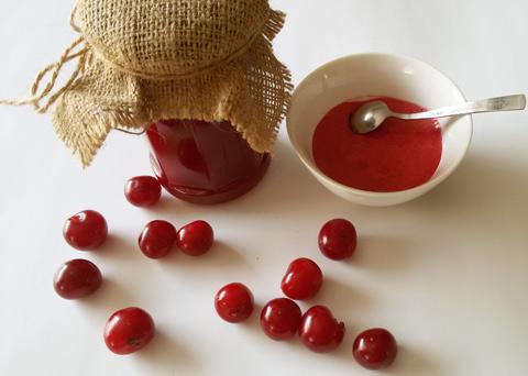 Recept na višňovou marmeládu krok za krokem