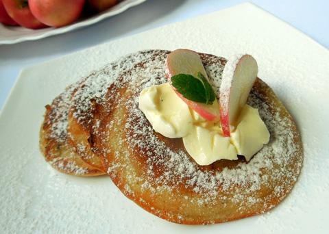 Recept na jablečné lívance krok za krokem