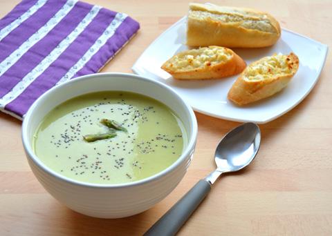 Recept na polévku ze zeleného chřestu krok za krokem