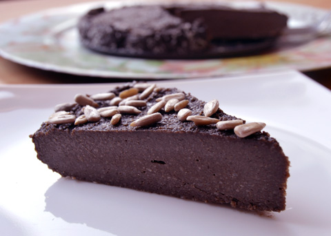 Recept na raw čokoládový řez krok za krokem