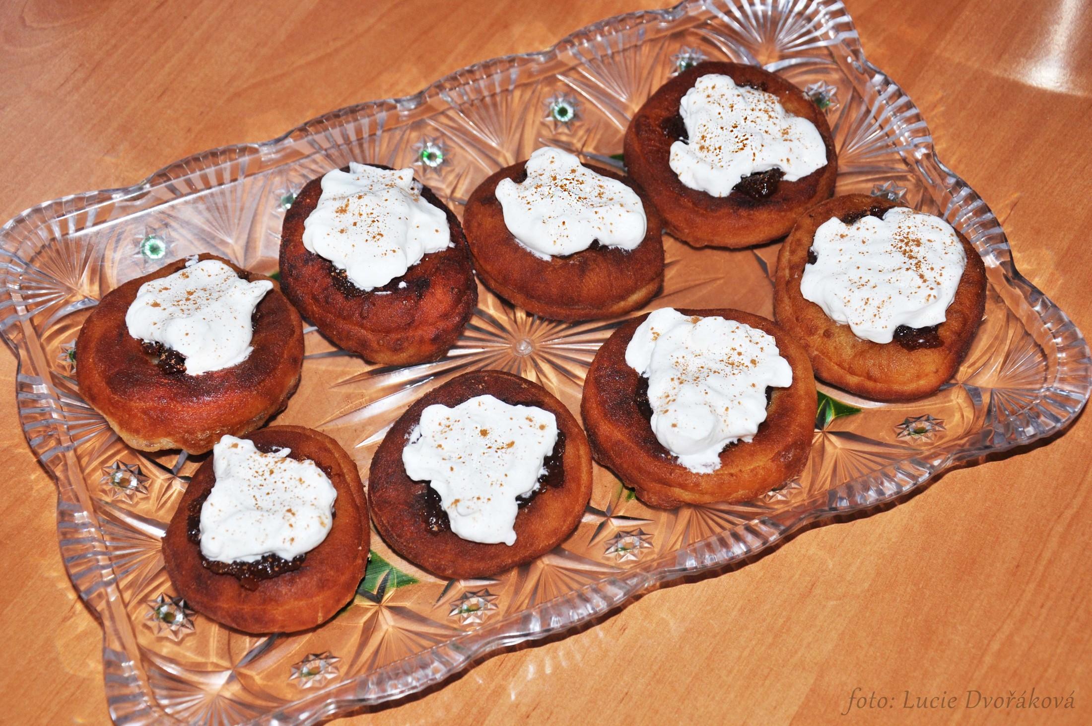 Recept Bavorské vdolky - Dozdobila jsem je skořicí a nemají chybu.