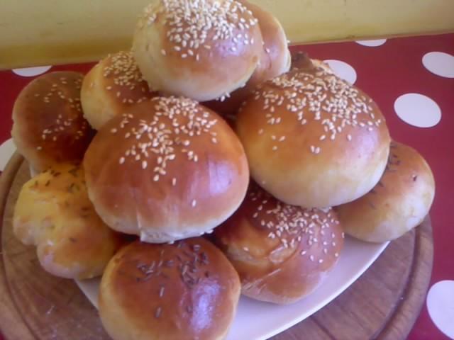 Recept Domácí housky - I jednoduše bez pletení jsou výborné!