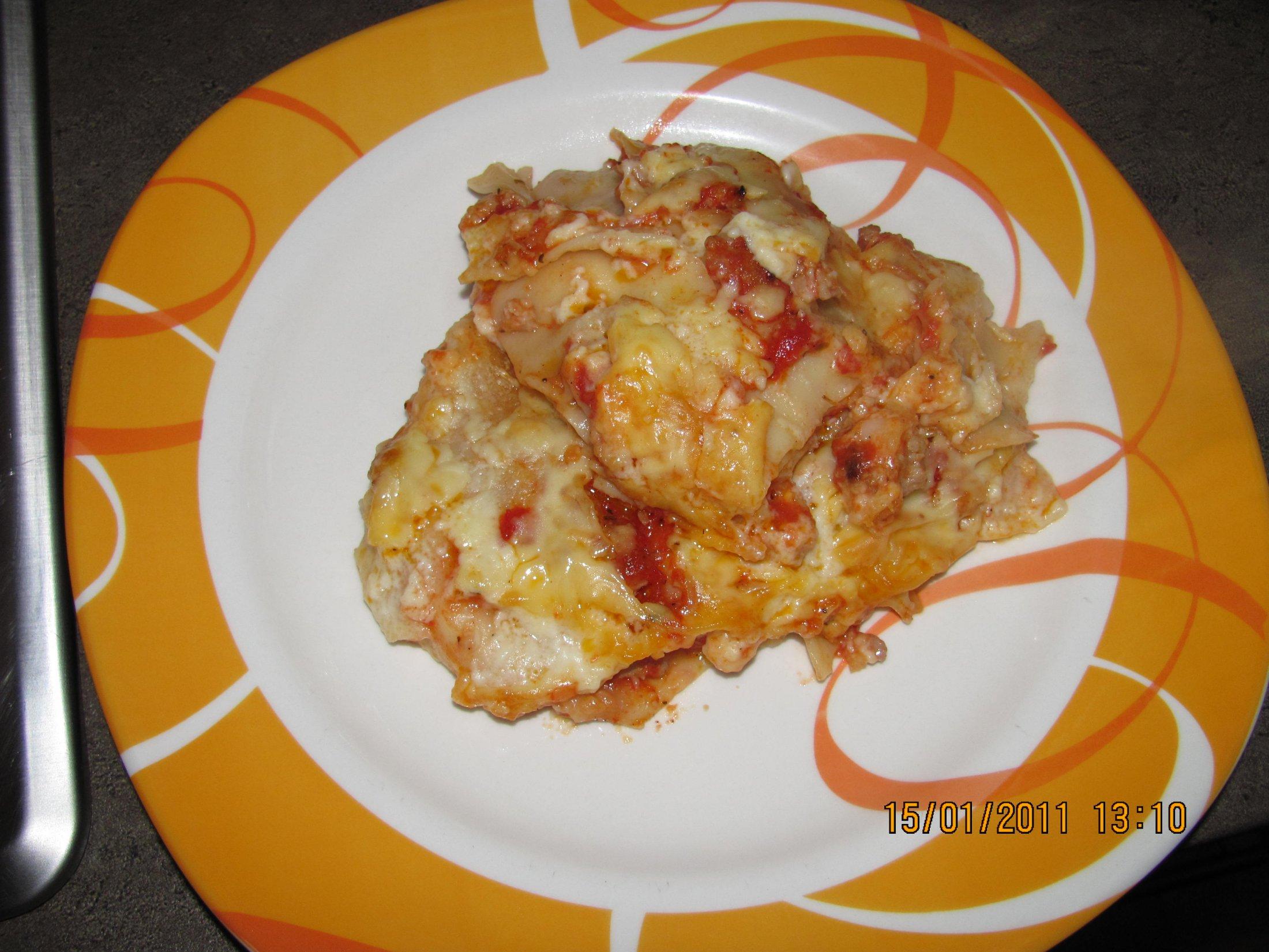 Recept Lasagne s mletým masem a bešamelem - Naservírováno.