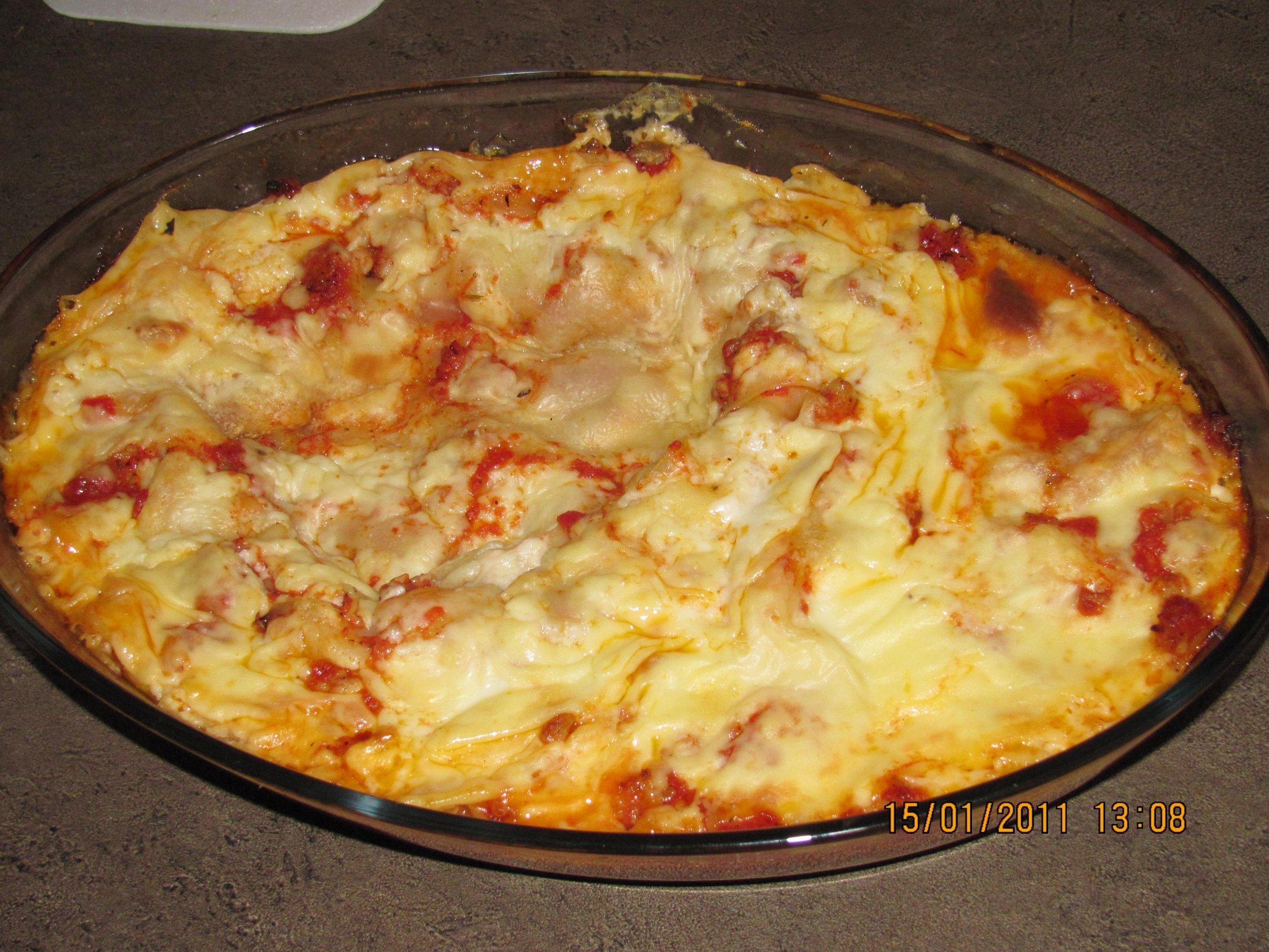 Recept Lasagne s mletým masem a bešamelem - Upečeno.