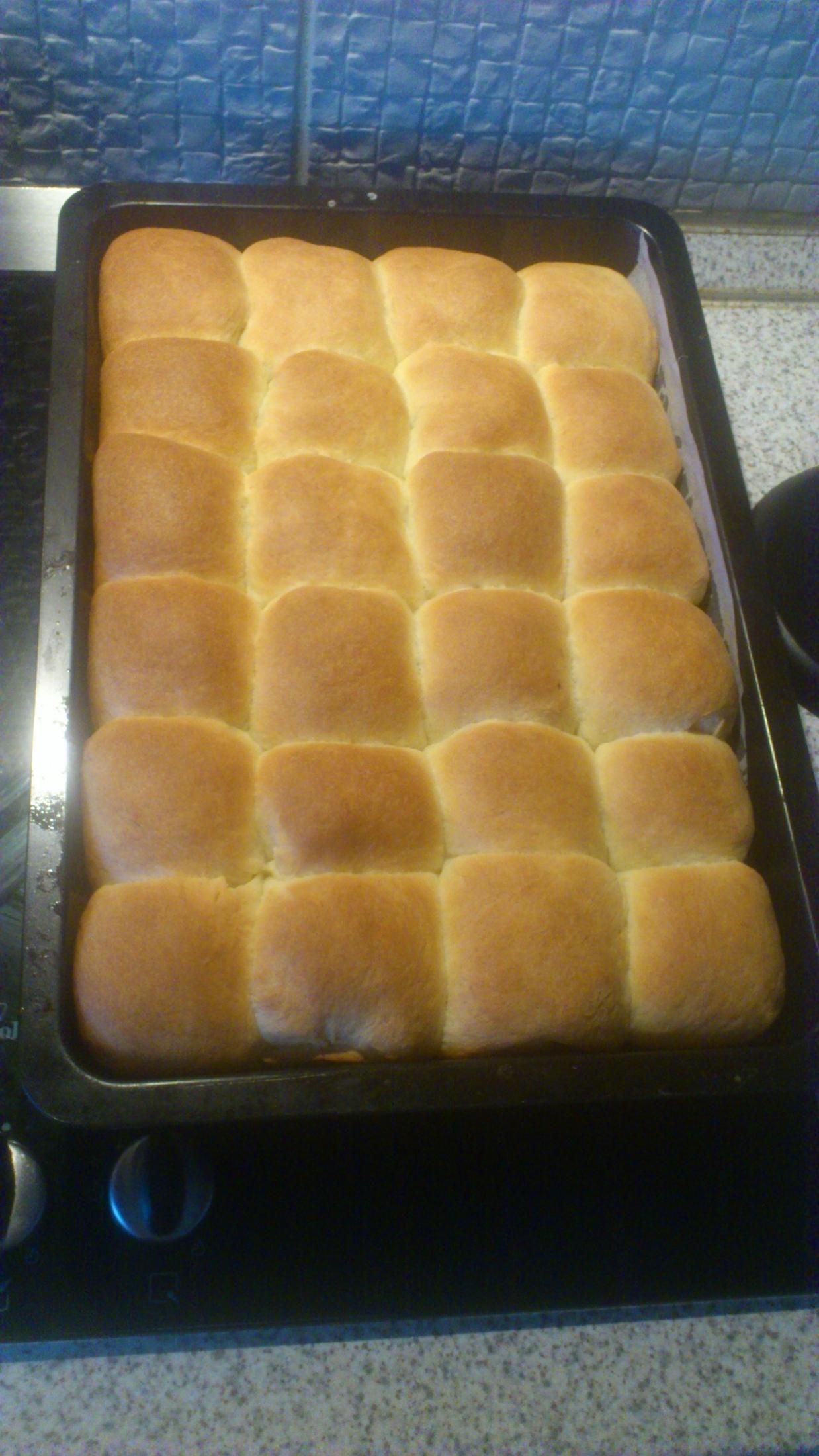 Recept Tradiční české buchty - Můj pokus xx a konečně se povedly tak, jak jsem si přála. Jsem ještě celkem nezkušená kuchařka, tak zkouším a nevzdávám to :D