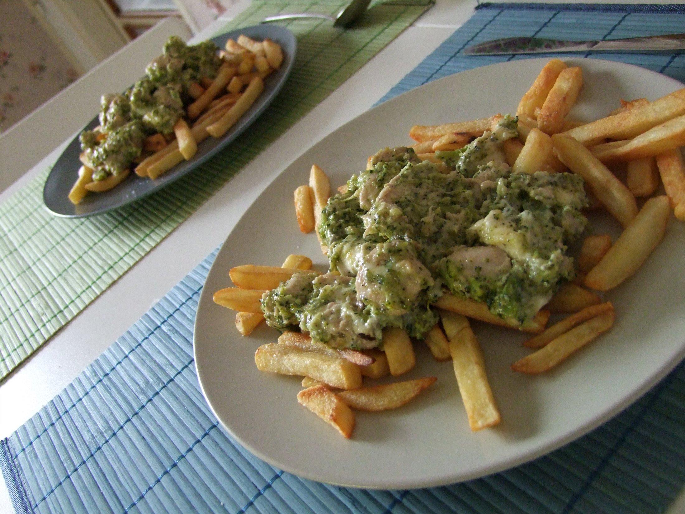 Kuřecí s nivou a brokolicí