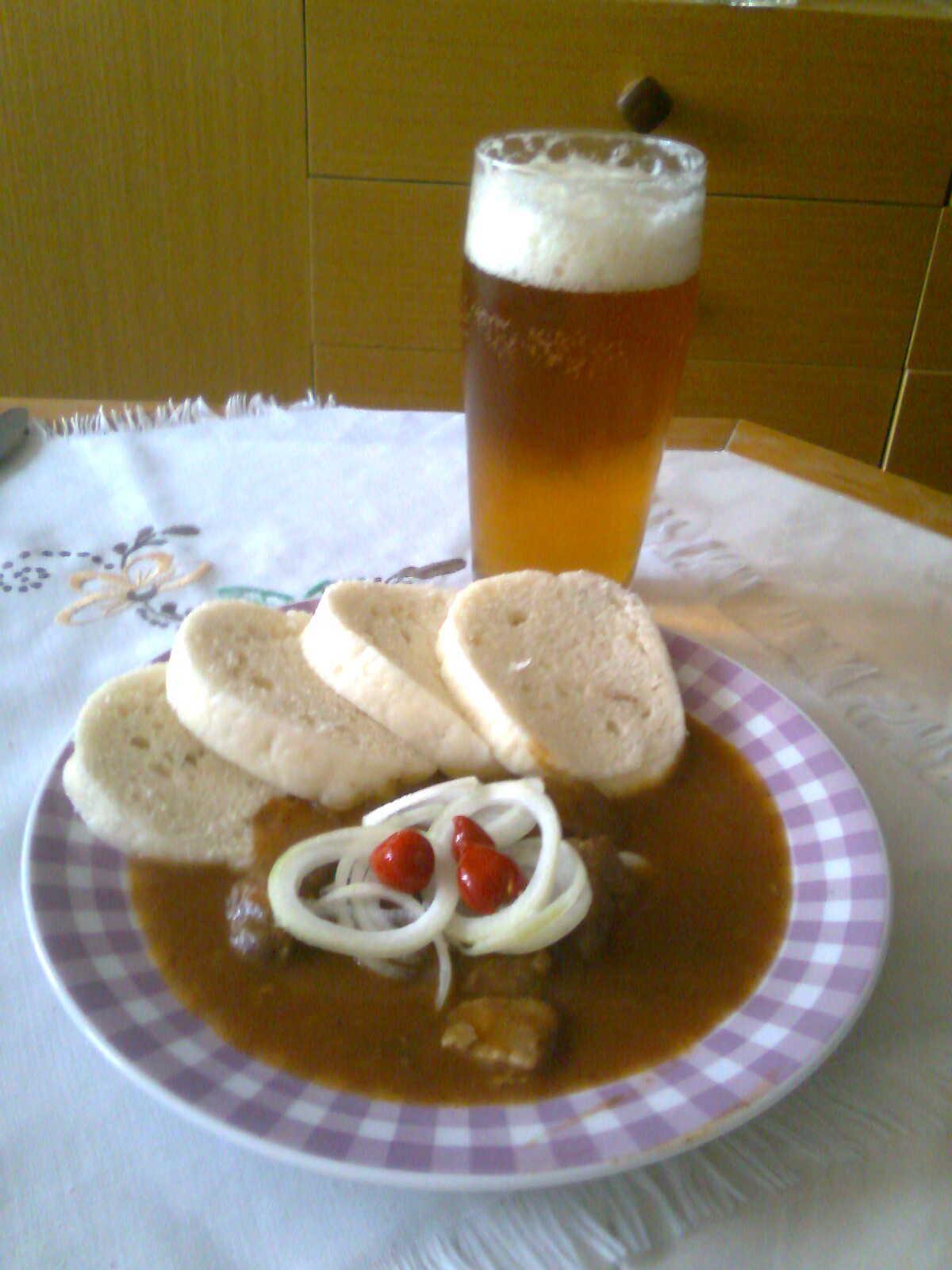 Recept Hospodský vepřový guláš - Hospodský vepřový guláš