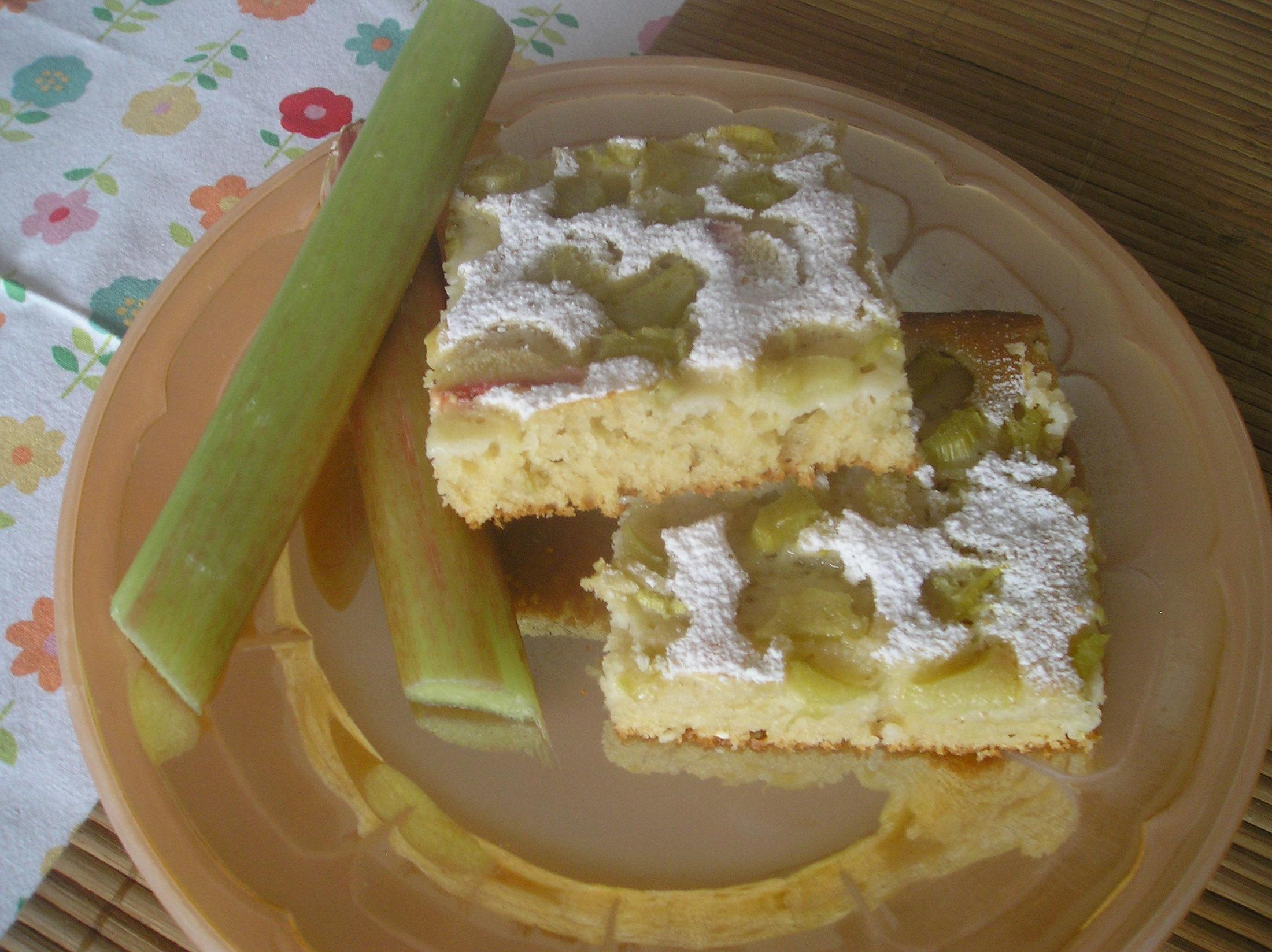 Fotografie receptu: Ovocný koláč z rebarbory