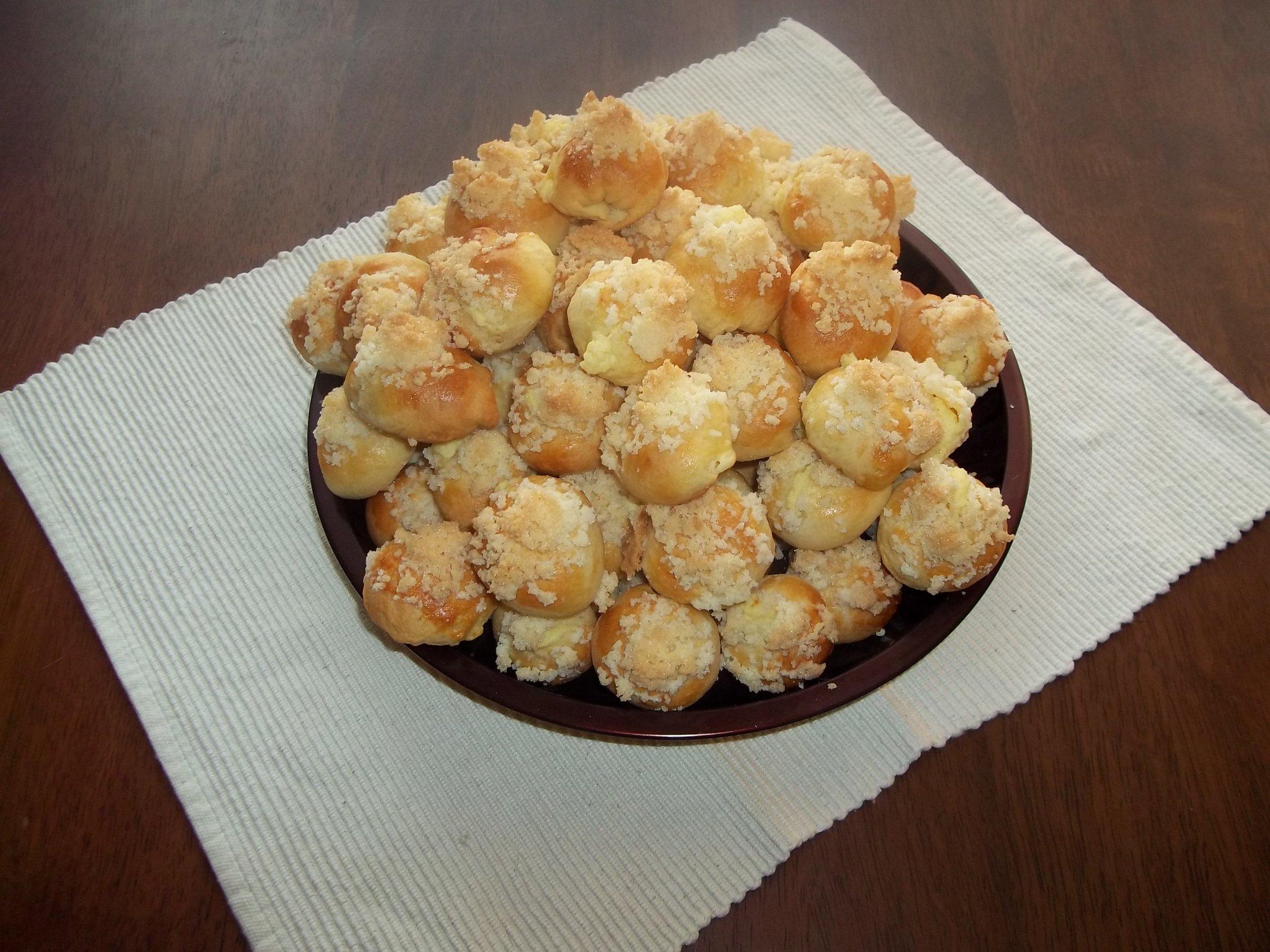 Recept Křehké svatební koláčky - Pokus - dopadlo to dobře = )