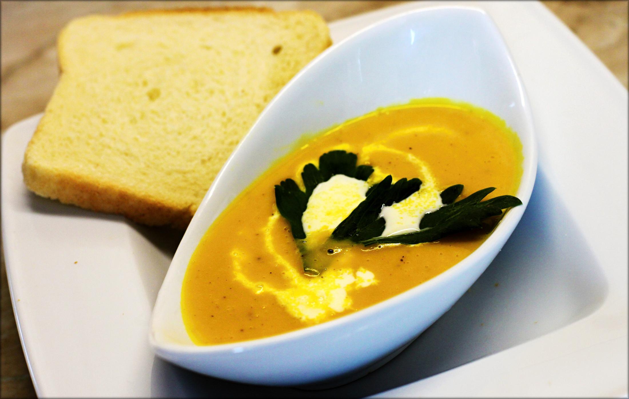 Krémová polévka z dýně Hokkaido