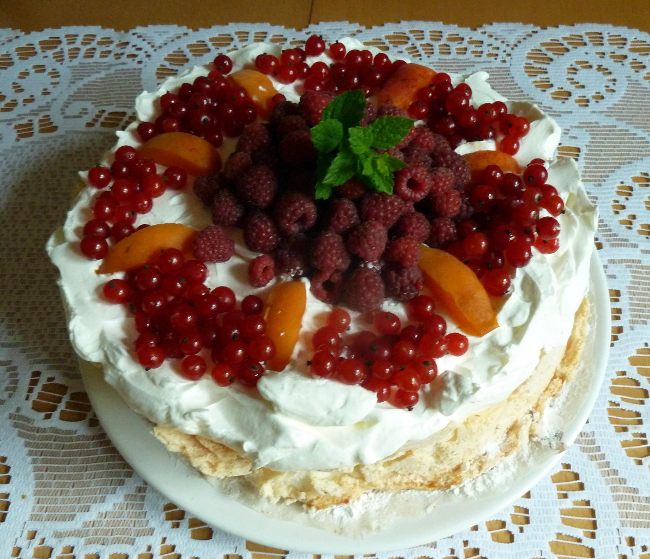 Recept Australský dort Pavlova - Klasický dort Pavlova