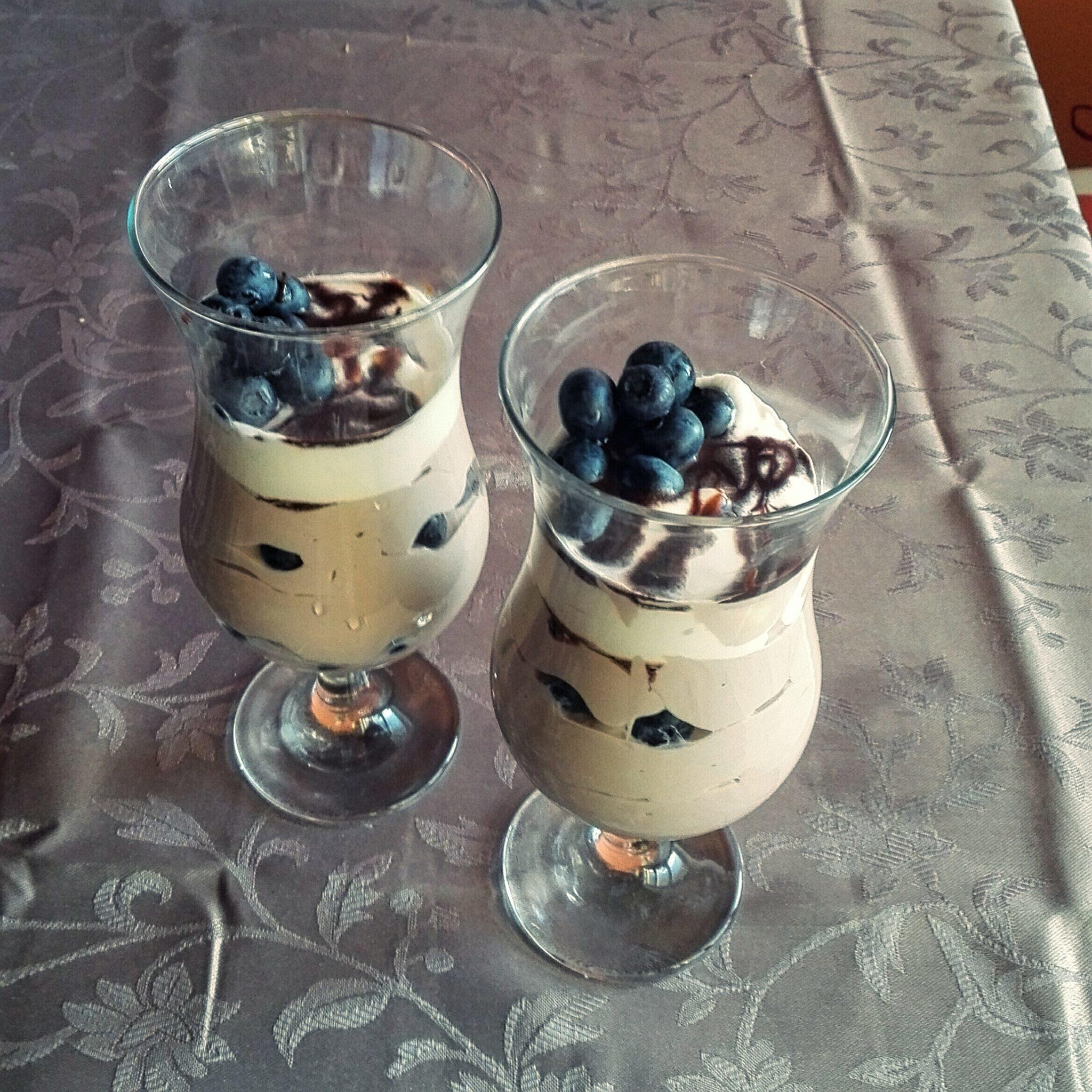 Recept Míša dezert s pikaem - Verze s borůvkami :)